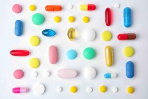 Farmacie online, spendere soldi per la salute così conviene: scopriamo perché